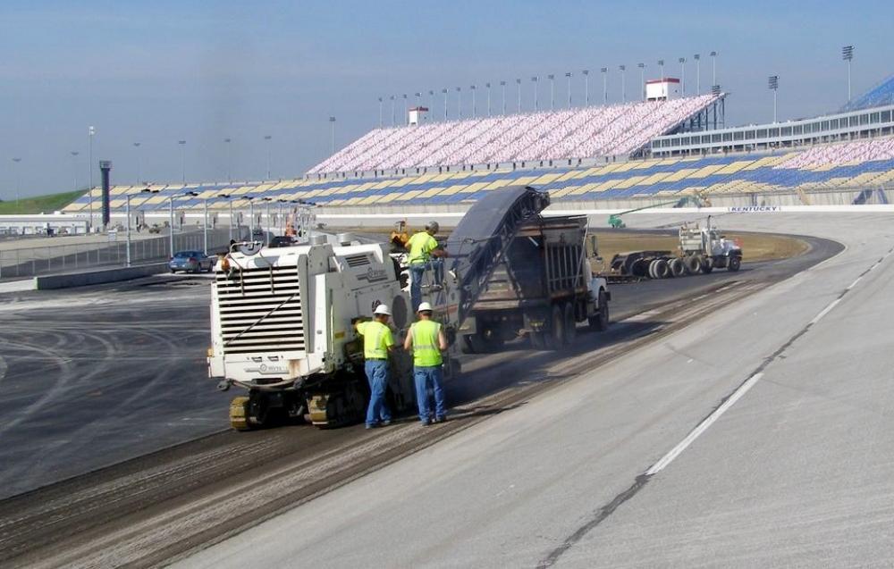 Louisville Paving and Construction Paving Asphalt Projects Asphalt Milling
